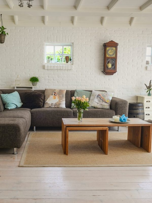 living room, couch, interior-2732939.jpg